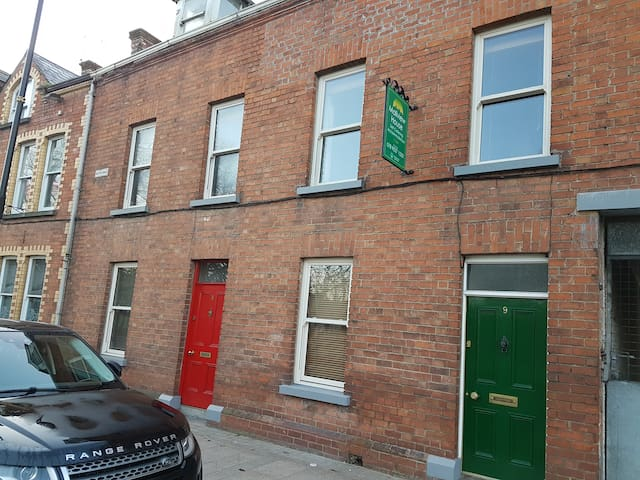 Mallview House Armagh - Duplex Apartment