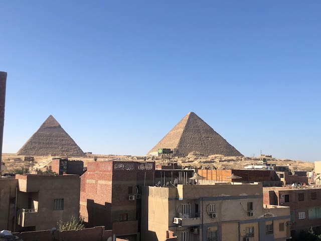 Triple Private Room with Rooftop Pyramids View