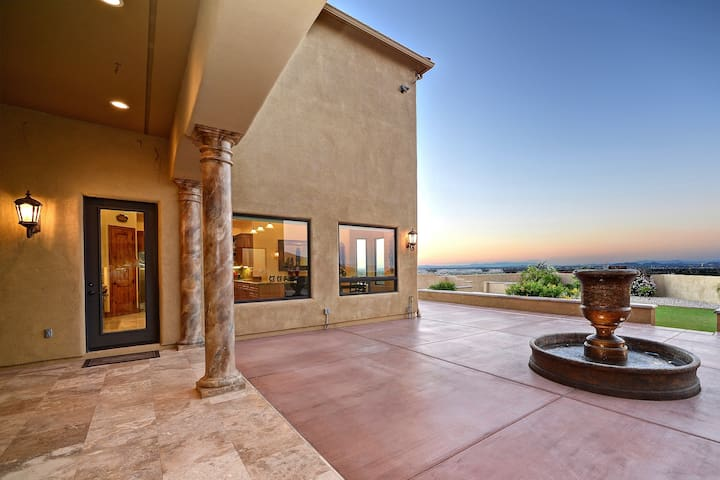 Private Stunning Mountainside Villa with 360 Views - Phoenix - Villa