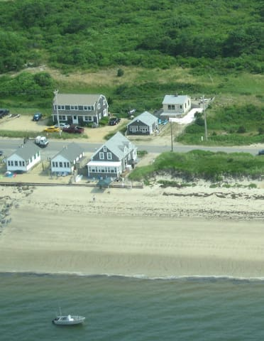 Historic House on Beach Point with private beach