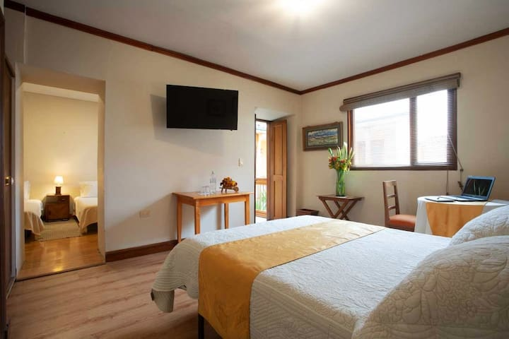 SHARED ROOM IN HOTEL BOUTIQUE
