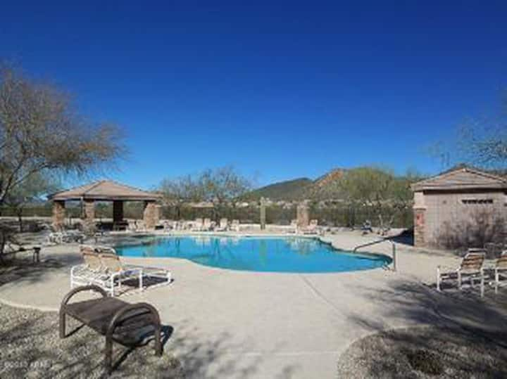 Private House w/ Pool in beautiful NW Phoenix