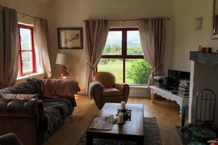 4 bedroomed house , Murrisk