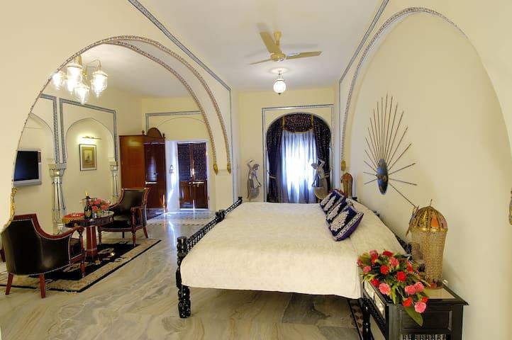 The Raj Palace (Historical Room)