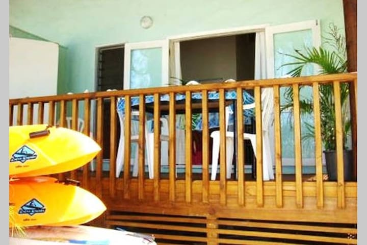 Maiana Cozy Beach Bungalow 2 - Takitumu District - Huis