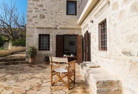 Dafni, grandma's stone house, Vori, South Crete