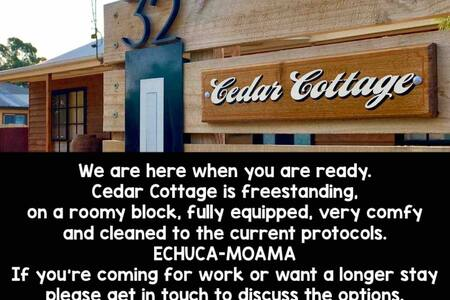 'Cedar Cottage' Freestanding WiFi Netflix