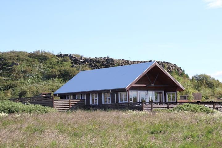 Ferienhaus Ingolfsfjall, direkt im Golden Circle