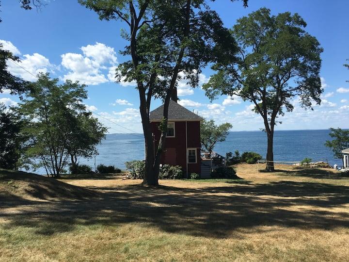 Waterfront Summer Cottage on Ipswich Bay