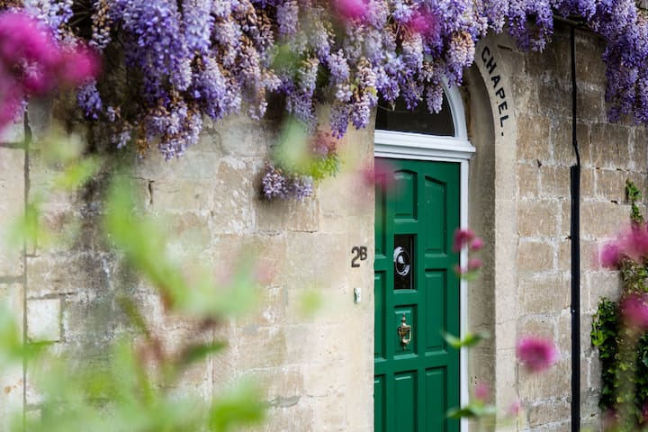 A charming Grade II listed former chapel - Bradford-on-Avon - Rumah