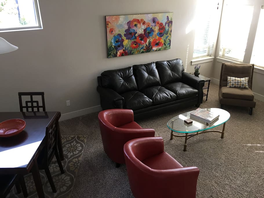 Relax in the living room; visit, read or watch TV.
