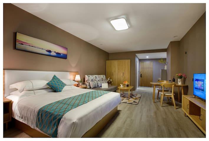 近鄞州万达印象城环球罗蒙哈比比酒店公寓高级房 - Ningbo - Apartment