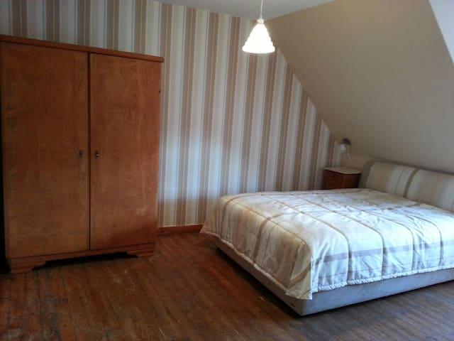 Fachwerkhaus auf idyllischem Dorf - Hann. Münden - House