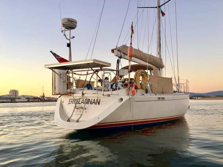 Sailing Yacht, Beach, SUP, Portimão, Alvor.