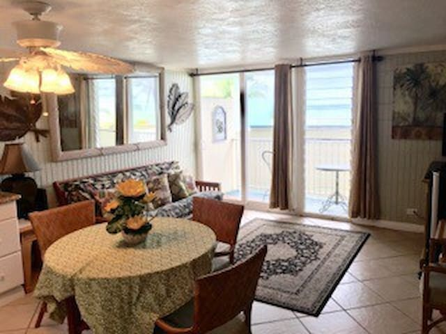 one bedroom beachside condo - Hauula - Apartemen
