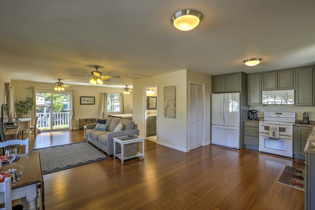 The studio is well-appointed, featuring all the comforts and amenities of home!