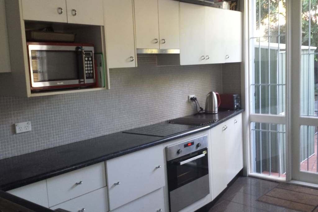 Great fully equipped kitchen