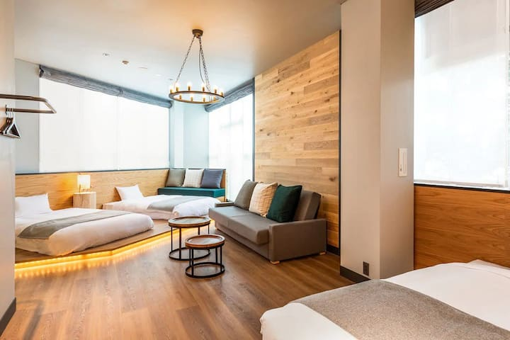 HOTEL KARUIZAWA CROSS / Square Aview 4 people