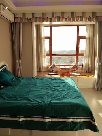 欧式风格公寓浪漫一居室(4天以上可免费接机)