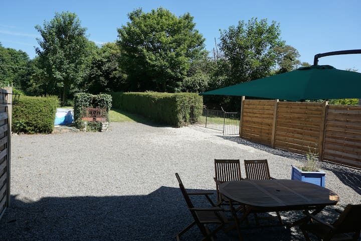 Great location, spacious house with private garden
