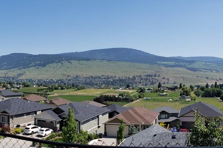 Santina Mountain Views