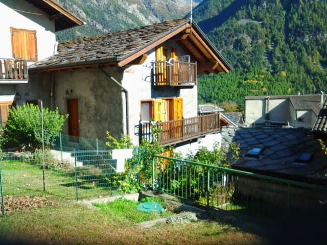 bilocale in casa tipica in Val d'Ayas - Challand Saint Anselme - Apartment
