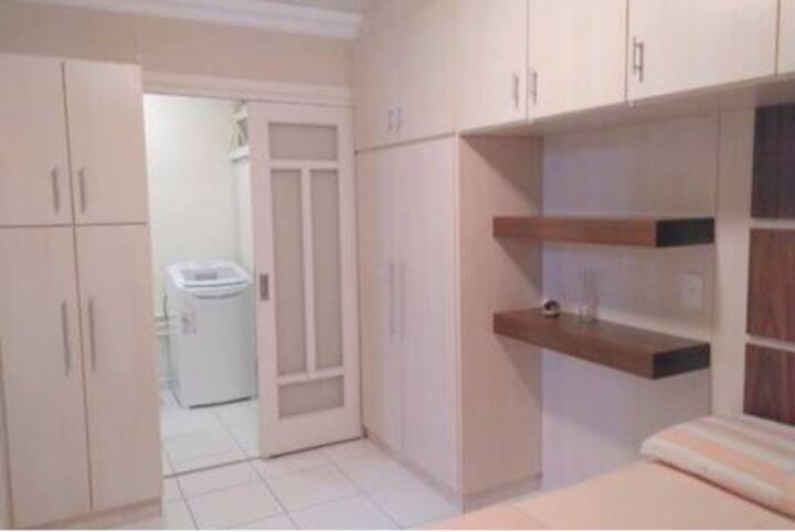 Apartamento/condo beira mar/garagem/Wi-Fi/tv cabo