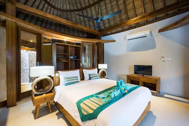 Luxury Tropical Escape - Bungalow 1