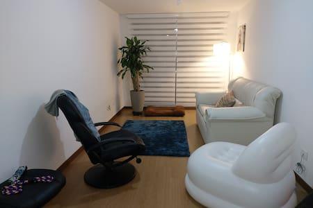 Lindo apartamento amoblado con espacios acogedores