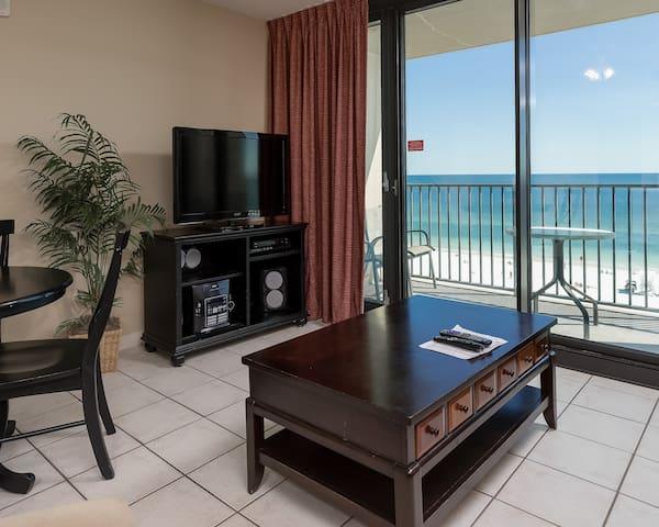 Phoenix All Suites Hotel - 706