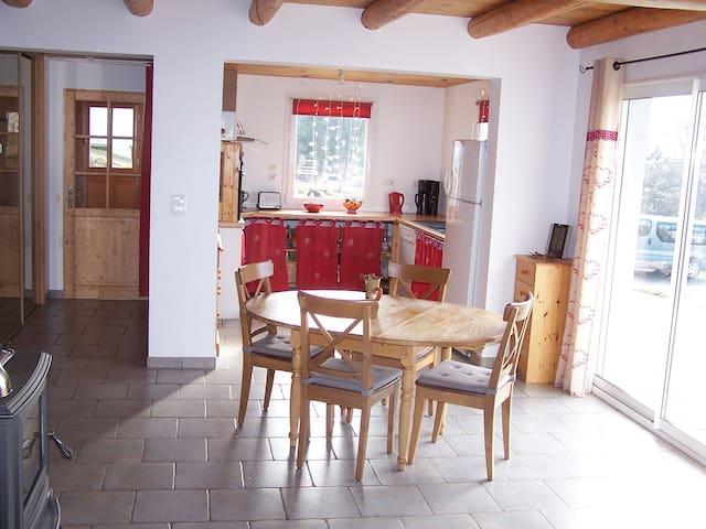 Charmante maison style chalet - Les Estables - Rumah