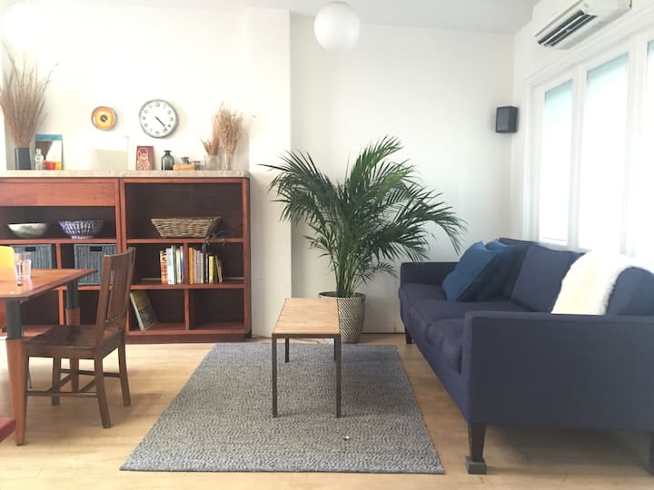 Bright 3BR w/ large patio in vibrant Williamsburg