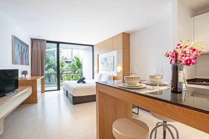 Bright Luxury Condo, 45sqm, 500m Kamala Beach