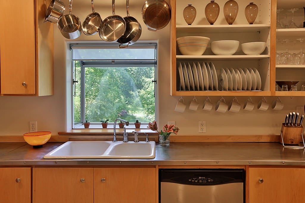 Kitchen is equiped with quality cookware and appliances.  Ninja Blender, Cusinart, panini maker , waffle iron, and coffee maker are all avaiable for use.
