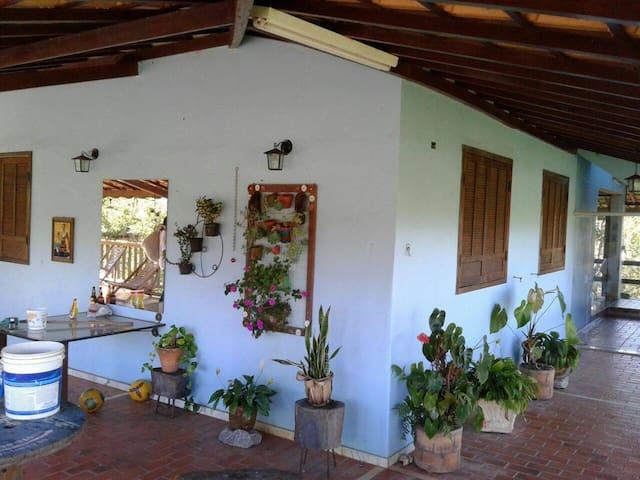 Sitio Piscina,Sauna,Campo de futebol. - Ouro Preto - Ξυλόσπιτο