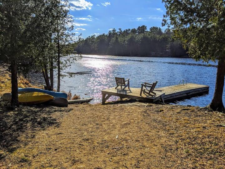 Lingham Lakes Camp: Yurt 350 acres & private lake