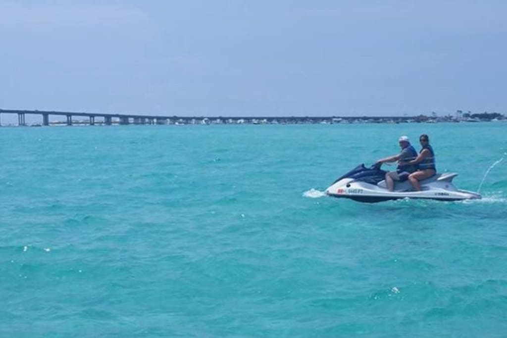 Jet Ski Rentals at Sunshine Pontoon Rentals