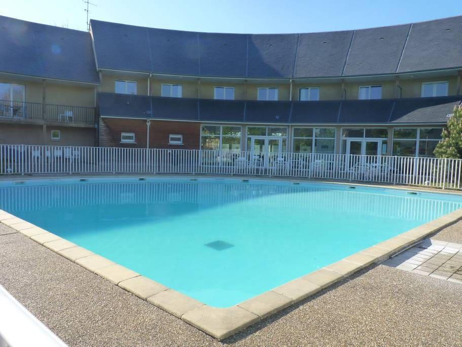 Appartement les hauts de Honfleur avec piscine commune