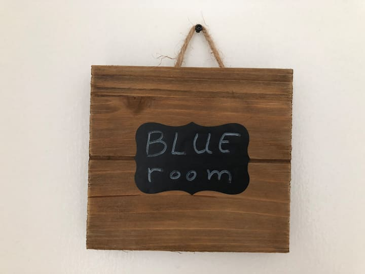 Blue Room in French family home, near Culver City.
