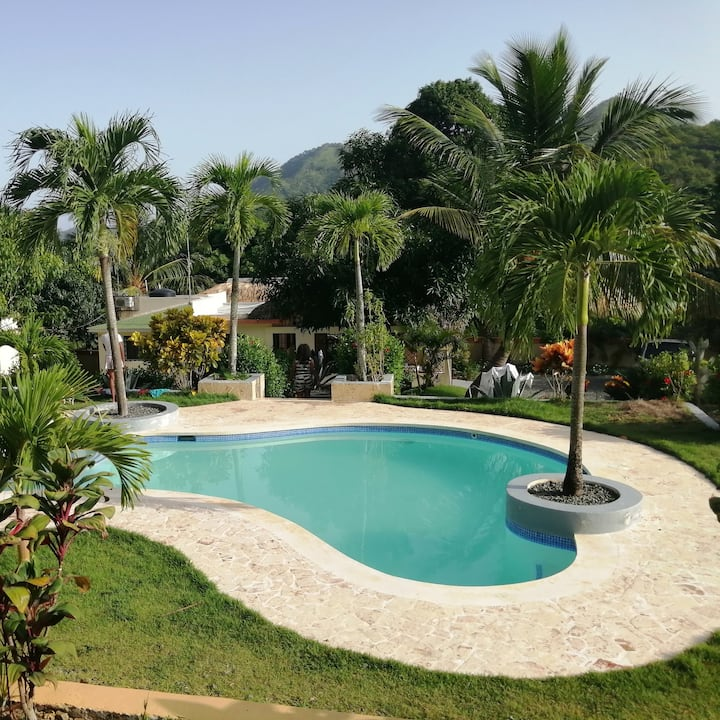 D Many Hacienda Renta, Alojamiento y Pasadia