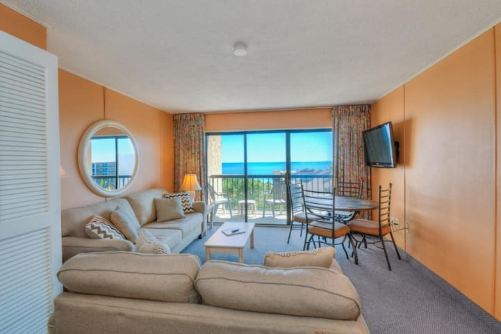 GREAT LOCATION! Gorgeous Ocean View!