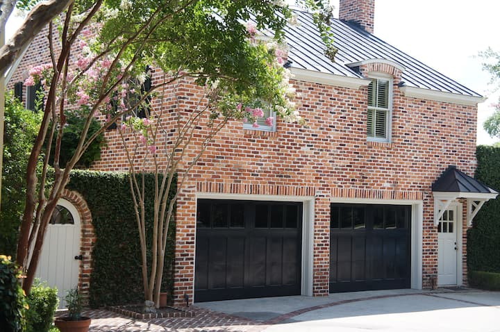 Carriage House Central