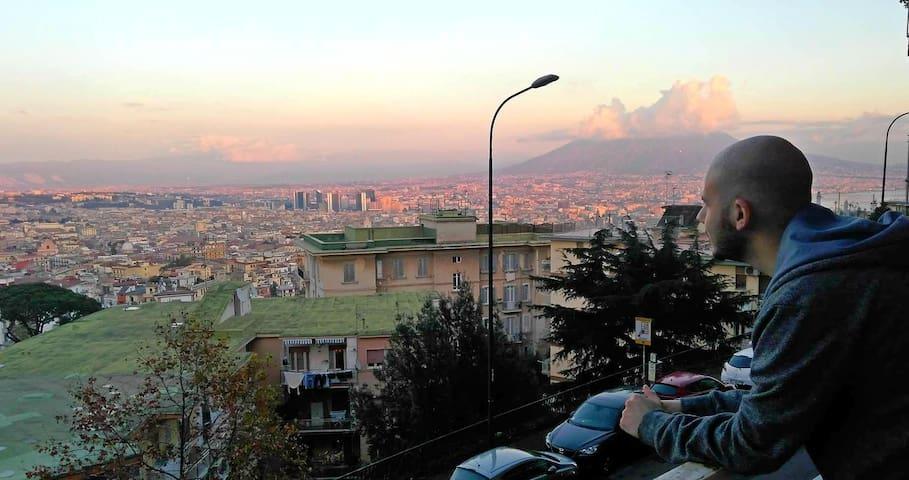 Stunning panoramic apartment close to the Metro!