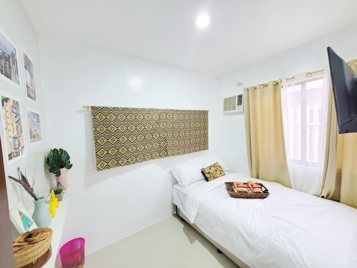 Air-Con Private Double Room inside 2 Bedroom Suite