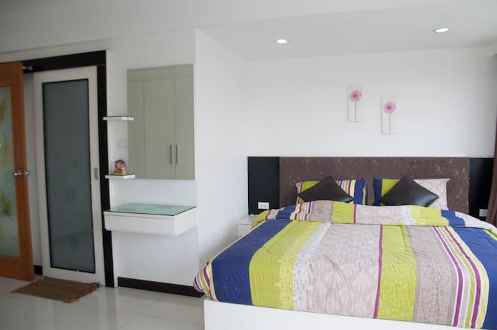 Modern 2BR apartment in Sathorn - Bangkok - Pis