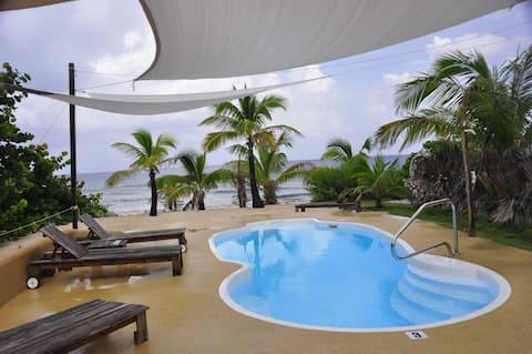 2-bdrm Pool, cabana, sunsets, kayaks, bikes more