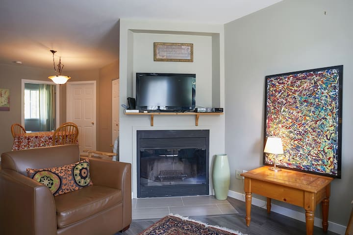 Comfort, proximity and all equiped  nice condo