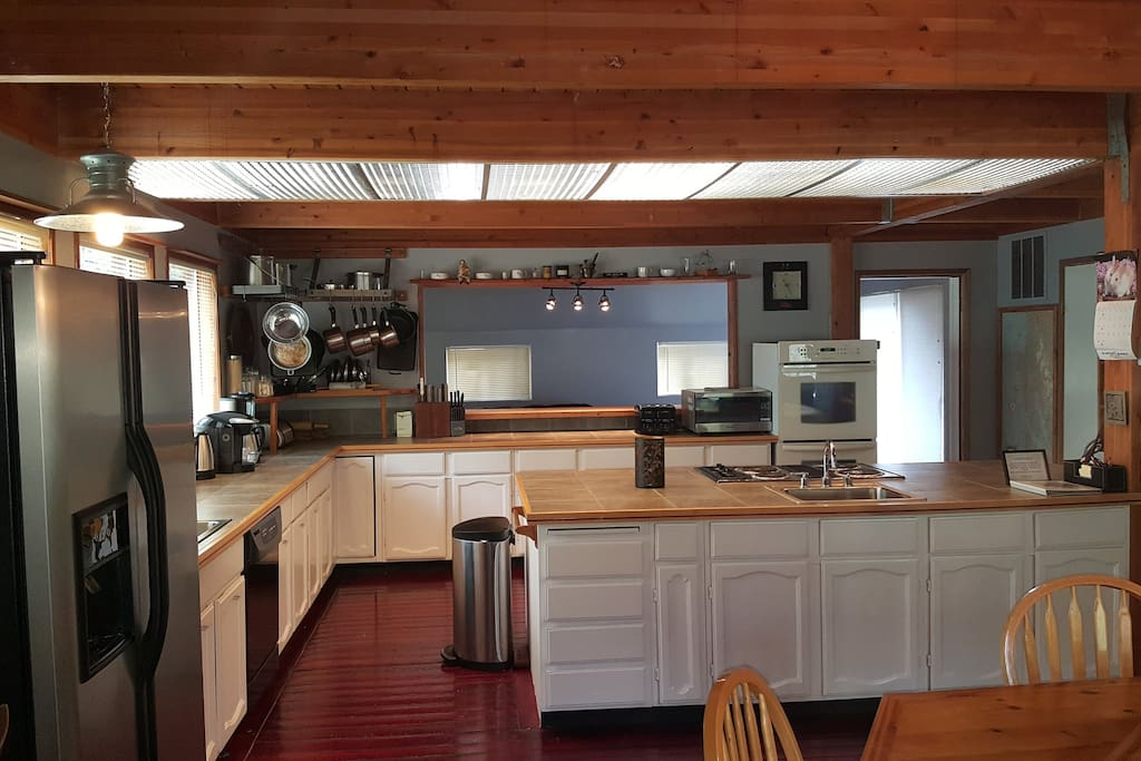 large chef's kitchen