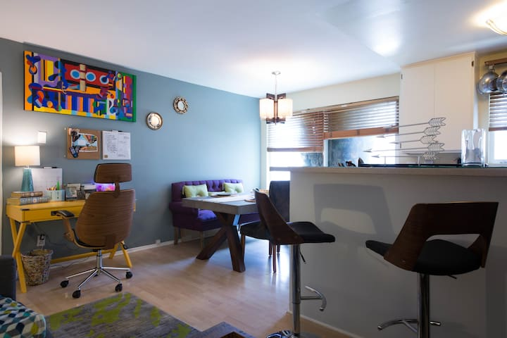 Cozy 1BD in WeHo - WEST HOLLYWOOD !