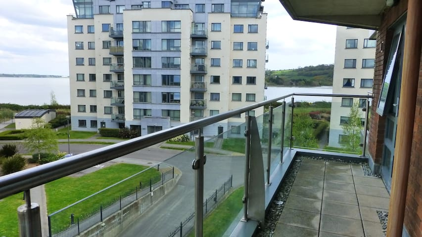 Apartment - Cork City and Airport - Cork
